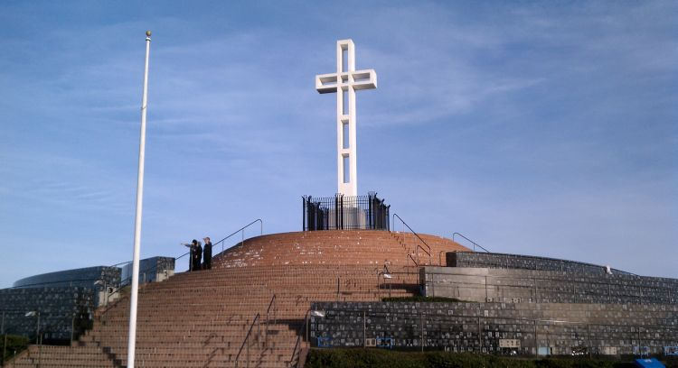 Mt Soledad Cross war memorial