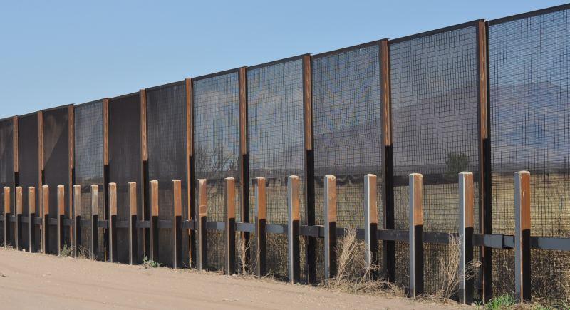 Obama cuts threaten border security? - WND |Obamas Border Fence