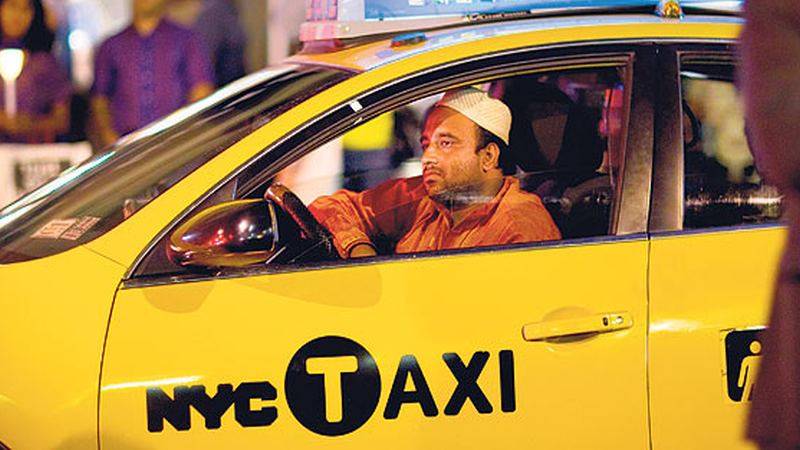Nypd Cracks Down On Muslim Cab Drivers Double Parking To Pray