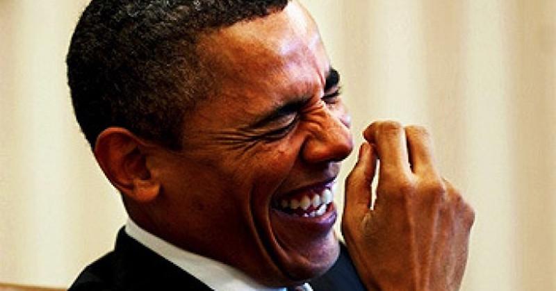 obama-laughing-at-the-joke-680x365