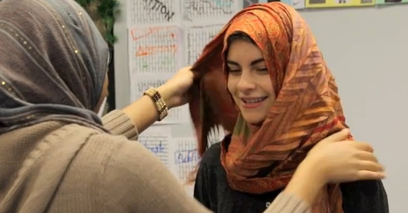 vernon hills muslim personals A dailyheraldcom video posted last friday about non-muslim vernon hills high school students experiencing what it's like to wear a hijab struck a chord -- and a nerve -- with people the video has more than 60,000 facebook shares and attracted a larger-than-usual international audience on .