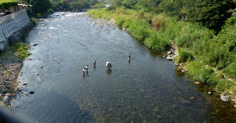 poe_talisman_river_wadersa