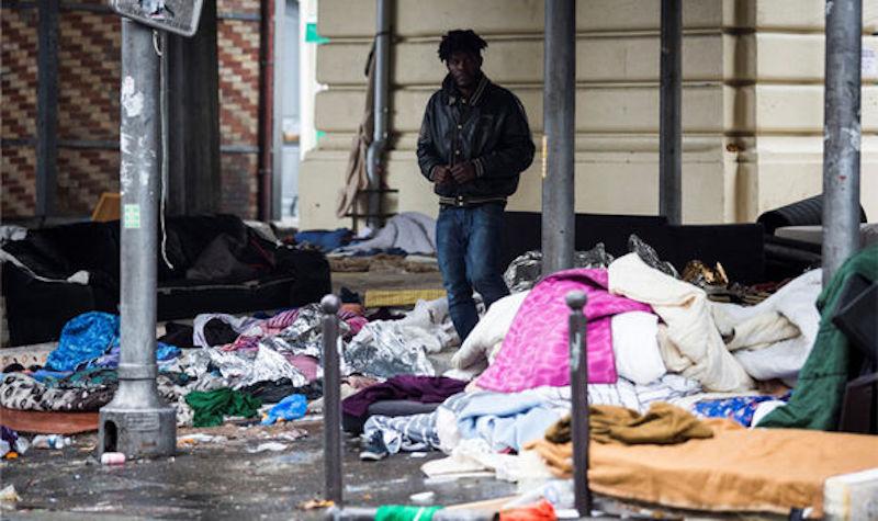 paris-migrant-camp
