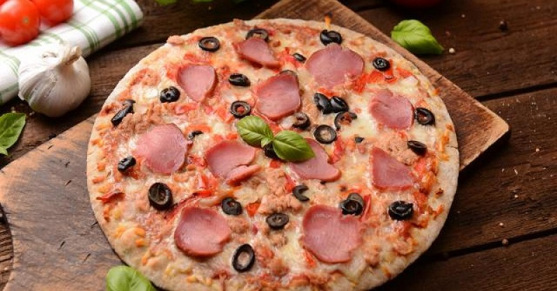 couple orders ham on pizza forced to pay a huge price. Black Bedroom Furniture Sets. Home Design Ideas