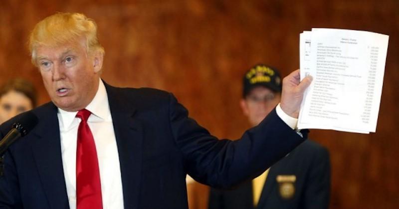 trump-with-intelligence